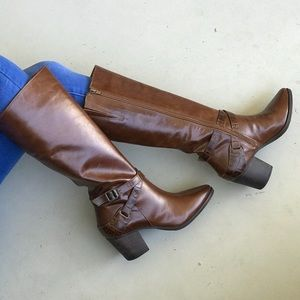 NIB Cognac Tall Pointy Toe Knee High Leather Boots
